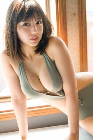 沢口愛華、史上最高の大人な水着姿披露 美バスト輝く