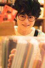 """広瀬すずが""""見つけた""""イケメン・鈴鹿央士、初カレンダーブックで""""等身大の姿""""「素っぽい自分を出せた」"""