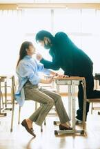"""桜井玲香、熱血教師役で男子生徒から""""顎クイ""""?"""