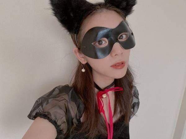 「ZIP!」お天気キャスター貴島明日香、ハロウィンコスプレ披露 愛猫も驚き