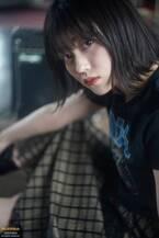 櫻坂46幸阪茉里乃、貴重なヘビメタスタイルに挑戦 可憐でキュートな姿も披露