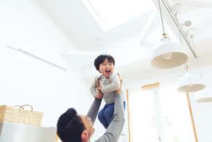 育児と仕事…パパの子育てに関する悩みとは