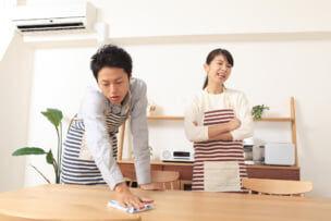 共働き夫婦でも家事の負担は「妻」? うまくいく家事分担のコツ