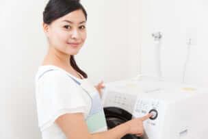 【布団の種類別】布団を正しく洗濯する方法!  洗濯機かコインランドリーか