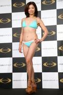 石田えり、ライザップで23年ぶりの水着姿披露! 変身ボディで恋人作りに意欲
