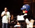 さだまさしコンサートにつば九郎がサプライズ登場しファン興奮!