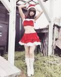 スパガ渡邉幸愛の美くびれセクシーサンタ写真にファン釘付け!