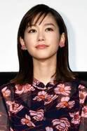 桐谷美玲、来年の抱負はヨガへの挑戦と大人な一面も見せること!