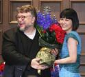 ギレルモ・デル・トロ監督、菊地凛子との再会に歓喜! 会見中に歌も披露