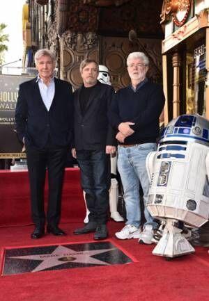 マーク・ハミルのハリウッド殿堂入りをルーカス、フォードも祝福!