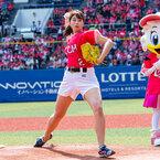 稲村亜美、始球式で自己最速狙うもまさかの大暴投!