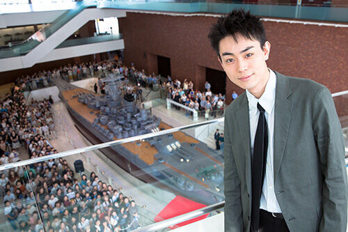 菅田将暉、戦艦大和誕生の地に凱旋! 感謝の気持ち伝える