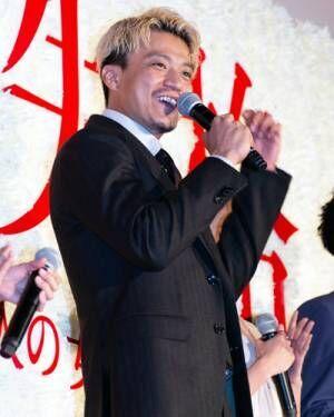 """小栗旬、蜷川実花監督から""""ダメ男""""太宰治役のオファーにも「うれしかったです」"""