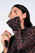 三吉彩花、矢口史靖監督からのサプライズ手紙に号泣!