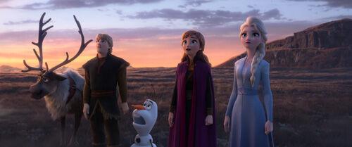 アナとエルサがジェスチャーゲーム!『アナと雪の女王2』本編映像解禁