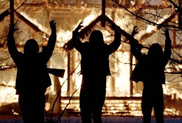 なぜ若者たちは教会に火を放ったのか!? 実在の異端バンドを描くタブー作が日本公開