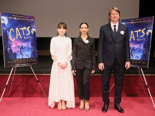 『キャッツ』トム・フーパー監督&主演女優が来日、両陛下と猫トーク