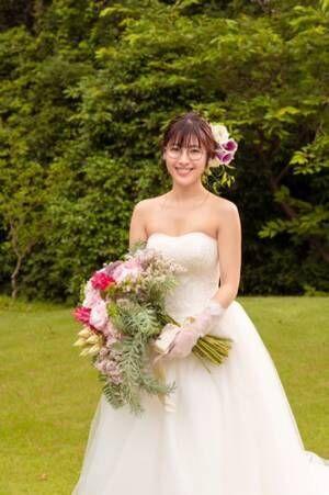 瀧本美織のメガネかけたウェディングドレス姿にファン悶絶!