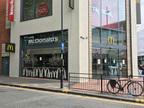 【ロンドン通信】欧州で規制緩和の動き、映画館と飲食店の再開はいつから?