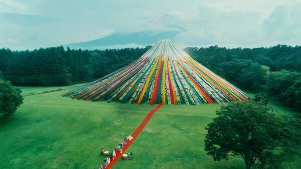 日本元気プロジェクト2021世界遺産ランウェイ in 富士山公式HPでは参加デザイナーと学生の対談記事を公開
