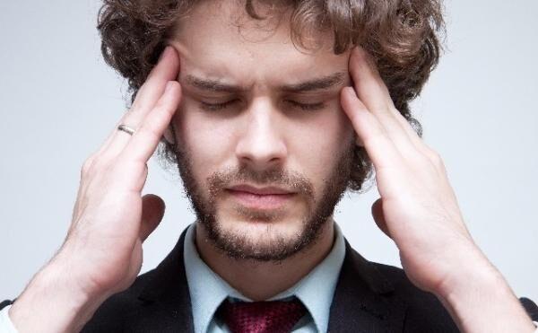 寝ても寝ても眠い病気! 過眠症の種類と特徴について