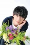 """吉沢亮""""花より美男子""""疲れを癒やすナチュラルスマイル"""