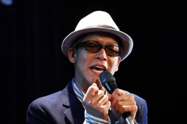 駿河太郎が8キロ減量して晩年(60代)のやしきたかじんを熱演。『カンテレ開局60周年特別番組なめとんかやしきたかじん誕生物語』11月放送(C)カンテレ