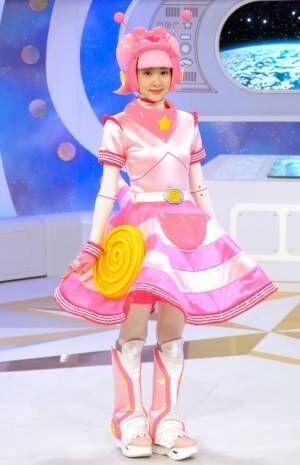 宇宙カタツムリ型アンドロイドの衣装をまとった生駒里奈(C)ORICON NewS inc.