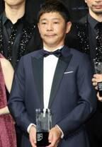 ZOZO前澤社長「お騒がせ」な一年に平謝り 剛力彩芽と交際、月周回計画など