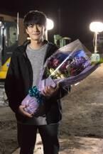 岡田将生『大誘拐』クランクアップに笑顔 富司純子「想像通りの好青年」
