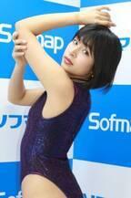 レースクイーン・藤井マリー、初DVDで迫力のくびれボディ解禁