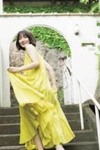 吉岡里帆、夏先取りスタイルで圧倒的な透明感と輝く美肌を披露