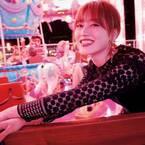 欅坂46守屋茜と妄想ナイトデート 無邪気な笑顔と大人な黒ワンピにファン歓喜