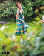 指原莉乃、チェック柄の着こなし3パターン披露 自身の顔に似合う服も告白