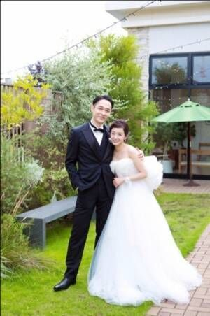 結婚した和泉宗兵(左)と今村美乃(※写真は今村美乃公式ブログより)