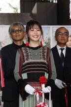 久間田琳加、「SHIBUYA HARAJUKU FASHION FESTIVAL」キックオフイベントでテープカット
