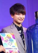 キラキラの笑顔で惹きつけた東京都出身の19歳・鈴木克哉さん、第32回ジュノンボーイで「明色美顔ボーイ賞」に決定