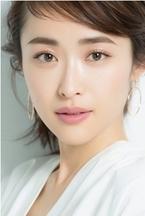モデル・樋場早紀、サッカー元日本代表の李忠成と結婚「幸せな家庭を築いていきたい」