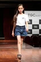 熊本の11歳美少女・上妻美咲さんに1位指名競合 芸能プロ8社による初のドラフト会議が令和のスター候補19人を指名