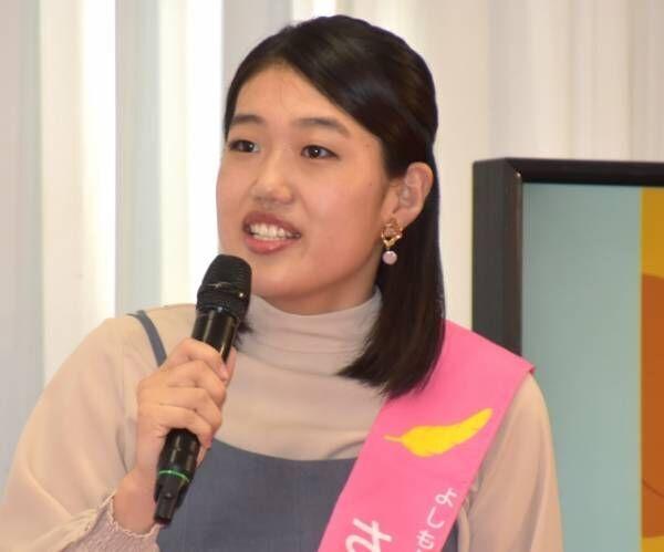 第1子出産後初の公の場で笑顔を見せた横澤夏子 (C)ORICON NewS inc.