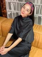"""伊東美咲、研音YouTubeチャンネルで2年ぶり映像出演 """"エルメス""""のバッグの中身披露"""