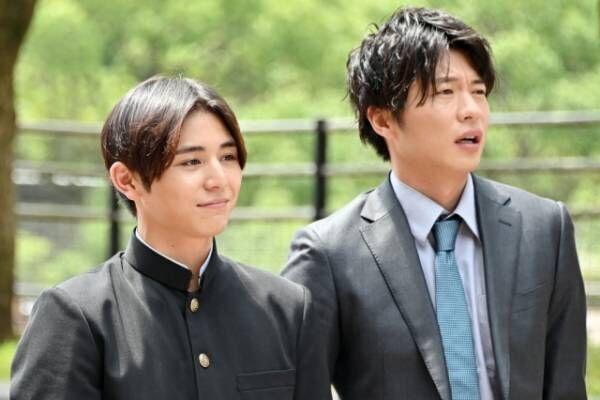 『キワドい2人-K2-池袋署刑事課神崎・黒木』に出演する山田涼介、田中圭 (C)TBS