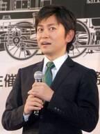 """森圭介アナ、ハタチの頃の""""ロン毛""""姿に反響「峯田和伸さん感強い」「いい写真!!」"""