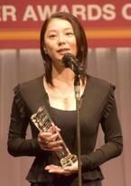 小池栄子「希望を感じる」 『ジュエリー ベストドレッサー賞』で決意新た