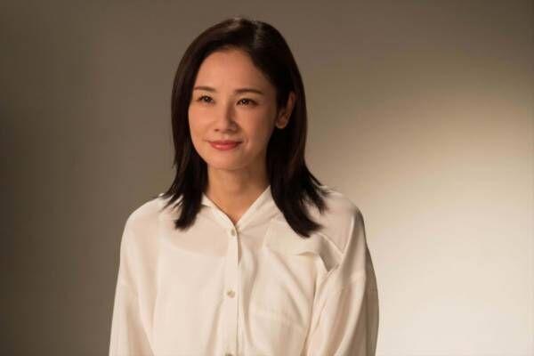 よるドラ『きれいのくに』40代の恵理を演じる吉田羊 (C)NHK