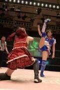 SKE48・荒井優希、プロレスデビュー戦 対戦した元LinQ・伊藤麻希「オマエは弱い。でも弱くても闘う姿に勇気をもらえたヤツがいっぱいいる」とエール