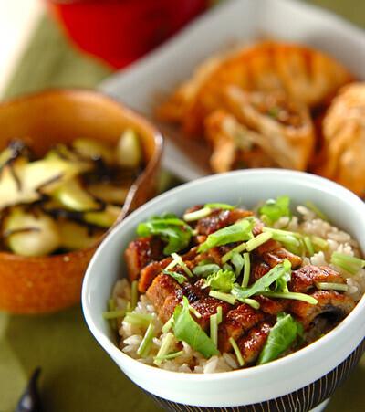 今日の献立は「ウナギの炊き込みご飯」 E・レシピ