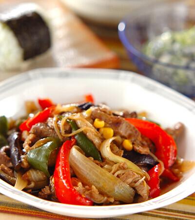 今日の献立は「牛肉と野菜のオイスター炒め」 E・レシピ