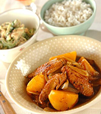 今日の献立は「手羽先とゴロゴロ野菜の塩煮」 E・レシピ