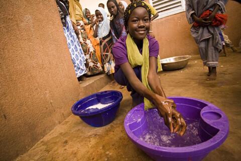 """10月15日は、「世界手洗いの日」~汚れが落ちない""""したふり手洗い""""が52%―「手洗い白書」"""